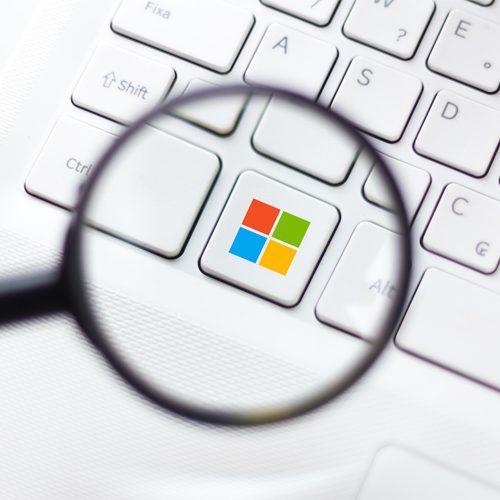 Windows 11 has better monitor and multitasking